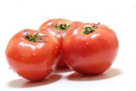 トマトジュースが健康、美肌に良いとされているワケ「リコピン」