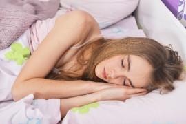 睡眠を十分にとるための10個の方法~不眠症の改善にも~