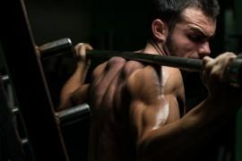 スクワットをレベルアップさせる3つのトレーニング法