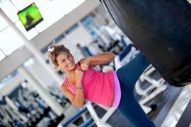 女性の間でキックボクシングがダイエットとして流行中!