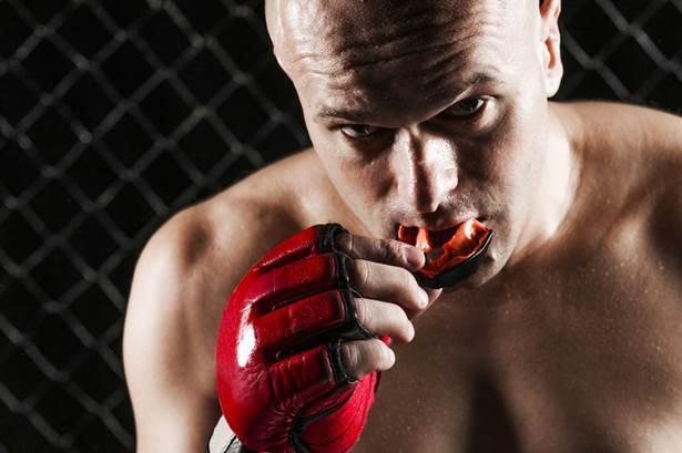 MMAの選手になるためのトレーニング