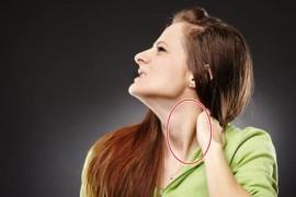 胸鎖乳突筋をマッサージして首こりを改善する方法!