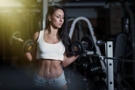 腹に効く!腹筋を割るために効果的な6種類のエクササイズ