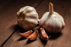 血圧を下げることが科学的に証明されている11種の食べ物