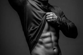 クリスティアーノロナウドが紹介する3種類の腹筋トレーニング