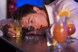 アルコールはダイエットや肉体改造に悪影響を与えるか?