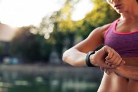水泳とランニング、どちらが痩せる有酸素運動と言えるのか?