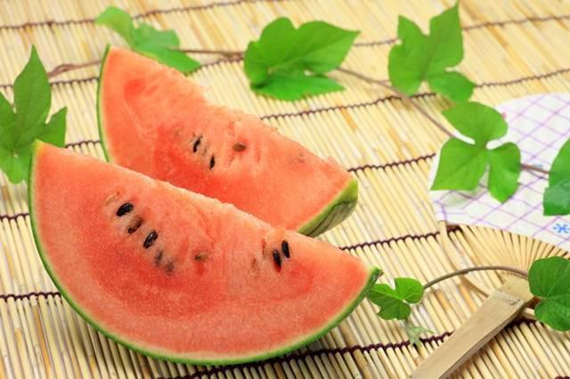 23603279 - watermelon