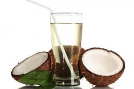 お腹の膨満感の解消に効果的な成分を持つ8つの食べ物、飲み物