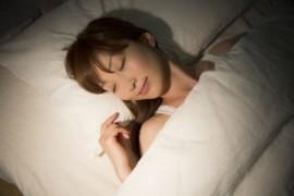 睡眠の質を高めることが期待できる食べ物、栄養素10個と睡眠の質を悪くしてしまう食べ物