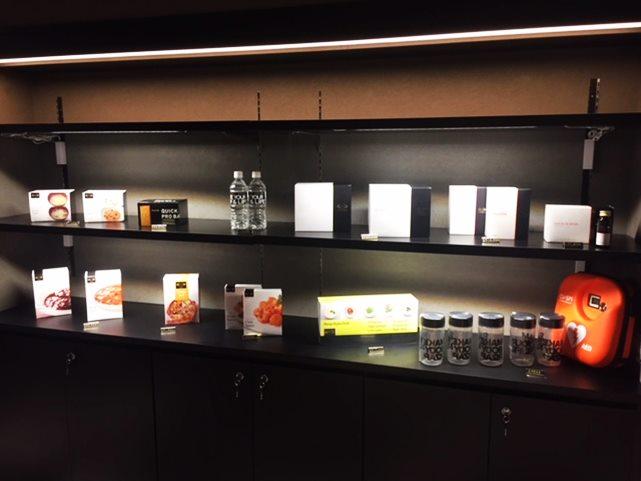 EXPA 商品棚